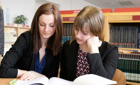 Fungování akademického centra v letních měsících